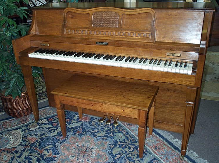 Types and sizes of pianos vertical pianos for What are the dimensions of an upright piano